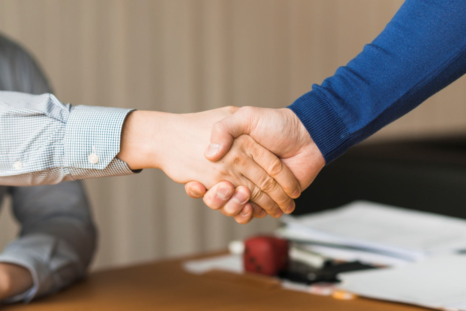 How to Gracefully Turn Down a Job Offer?